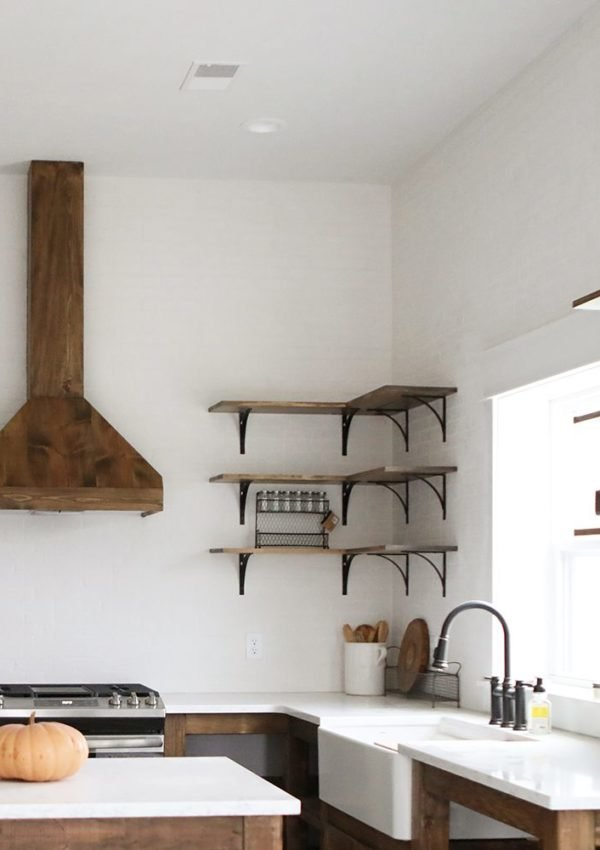 Reinventing our farmhouse range hood