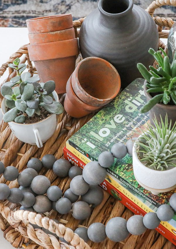 Spring coffee table tray decor & styling