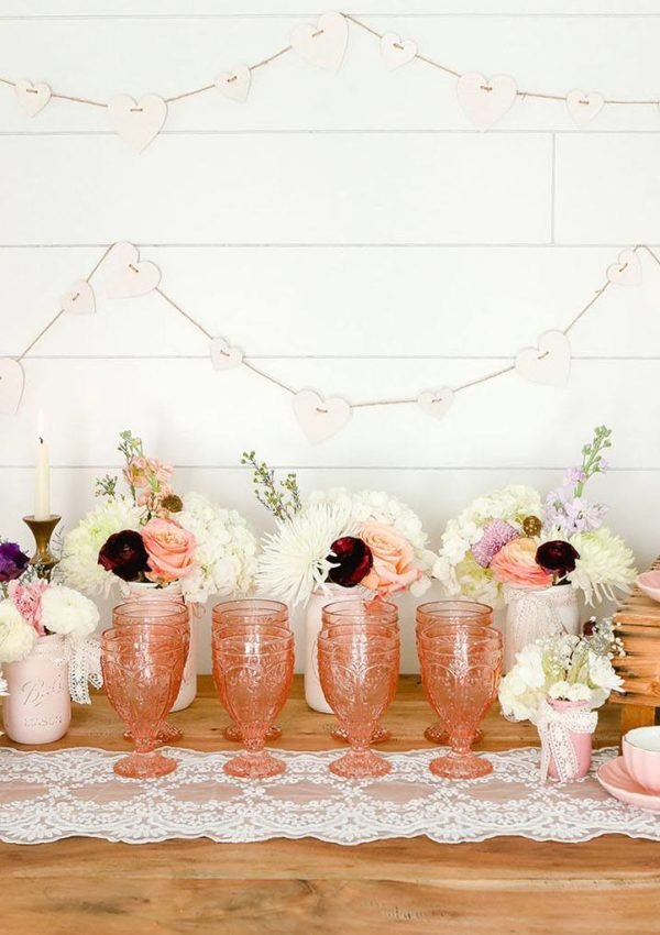 Vintage party decor for spring
