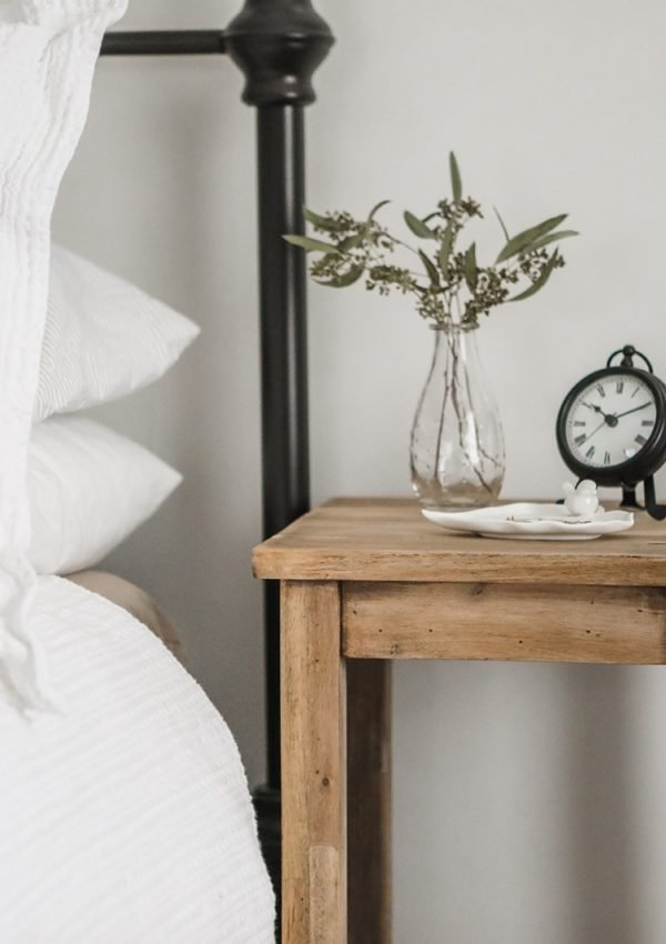 Farmhouse Bedside Table Makeover